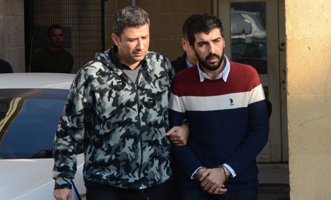 Mafyalık Yapmaya Çalıştı, Eline yüzüne Bulaştırdı- Kıbrıs Gercek Gazetesi