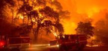 ABD'nin Kaliforniya Eyaletinin 14 Noktasında Büyük Yangın