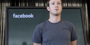 Facebook CEO'su Zuckerberg'den tam sayfa özür mesajı