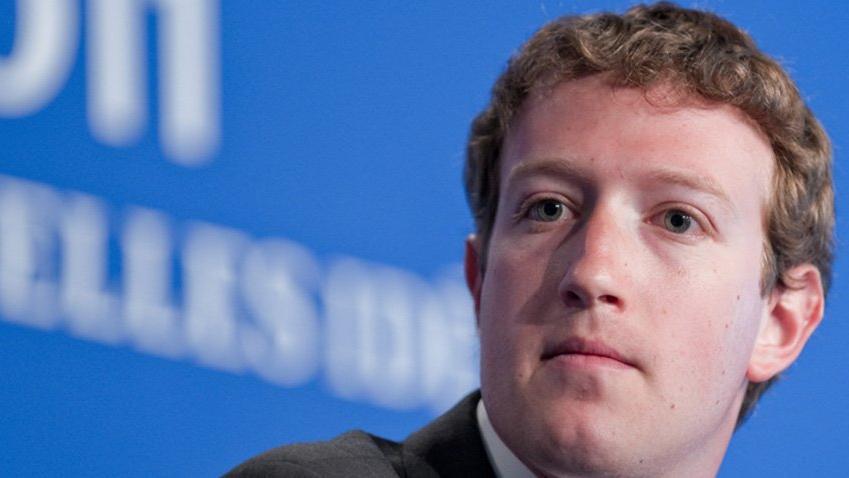 Mark Zuckerberg'ün başı ciddi dertte