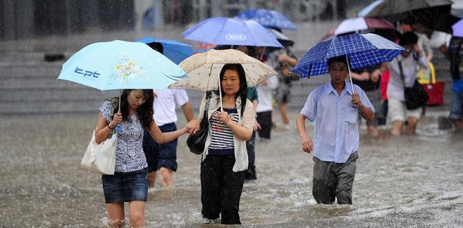 Sel tehlikesi nedeniyle 100 bin kişi tahliye edildi