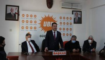 Başbakan Ersan Saner, UBP Güzelyurt İlçe Örgütü Binasında Vatandaşlarla Bir Araya Geldi.