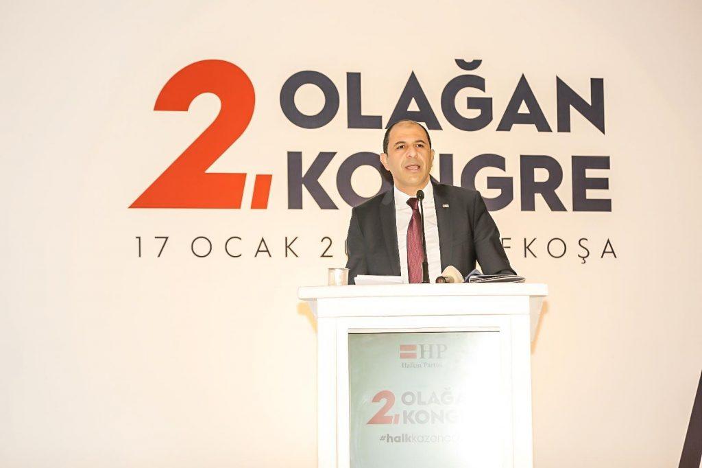 Özersay Yeniden Parti Başkanı Seçildi