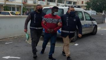 Mağusa'da Mutfak Masrafları İçin Ev Arkadaşını Bıçakla Yaraladı