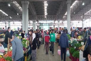 Mağusa Belediyesi, Perşembe Pazarı Kurulmayacak Dedi, Pazarcılar Ayaklandı