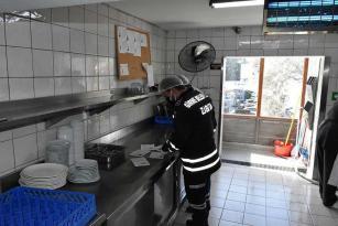 Girne Belediyesi Sağlık Ekipleri, Tarafından Denetimler Sürüyor 4 İşyeri Kapatıldı