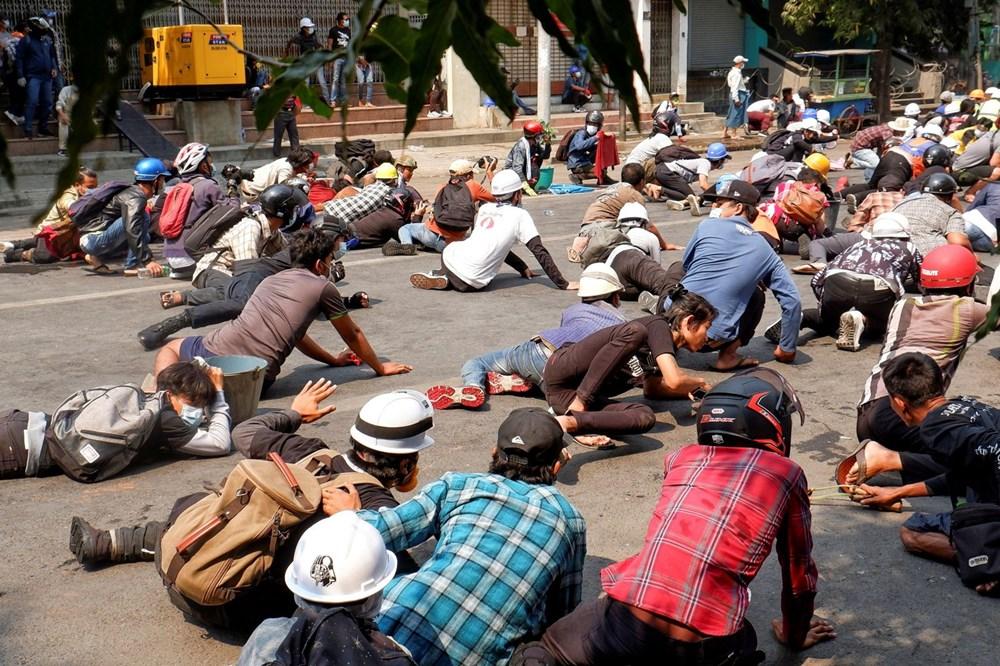 """Myanmar'da """"En Kanlı"""" Gün Yaşandı Darbe Karşıtı Gösterilerde 50 Kişi Öldü"""