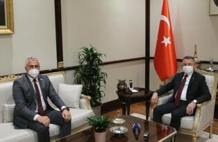 Fuat Oktay, Cumhurbaşkanlığı Külliyesi'nde Bakan Amcaoğlu'nu Kabul Etti