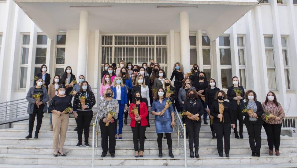 Resmiye Canaltay, Kadının Yaşamın Her Alanında Eşit Bir Şekilde Var Olması Gerektiğini Altını çizdi