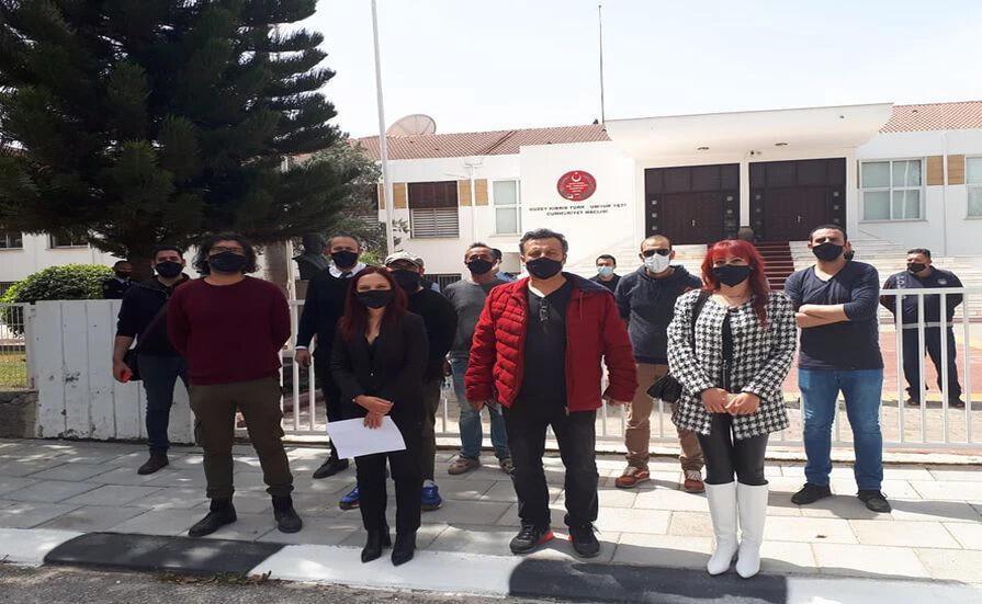 Bağımsızlık Yolu Meclis Önünde Yaptığı Açıklamada, Emekçi Eylemlerine Dayanışma Belirtti
