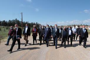Başbakan Ersan Saner ve Ulaştırma Bakanı Resmiye Canaltay, Çayırova – İskele Çift Şerit Yol Çalışmalarını Yerinde İnceledi