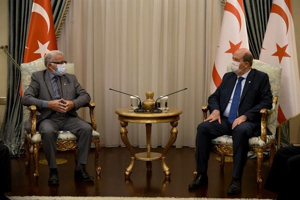 Cumhurbaşkanı Ersin Tatar, Erenköy Mücahitler Derneği Heyetini Kabul Etti