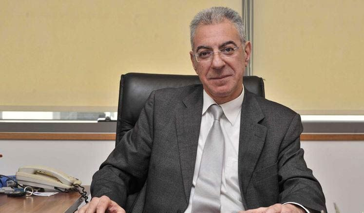 Rum Eğitim Bakanı Koronavirüse Yakalandı